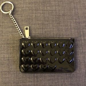 Marc Jacobs patent leather embossed heart keycase